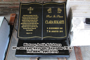 Batu Nisan Buku