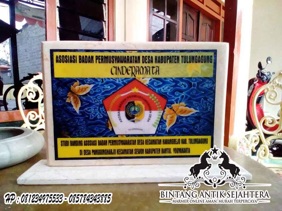 Plakat Marmer Murah Surabaya