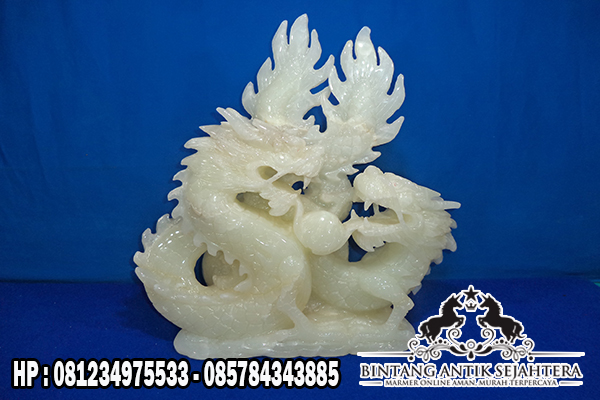 Patung Onix Naga Tarung